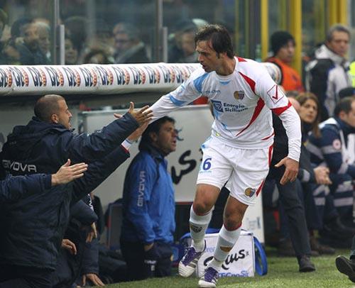 11/12/2011:Legrottaglie festeggia il goal del momentaneo 0-1 (Foto Luzzani)