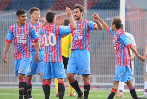 La vittoria sul Crotone (Foto del sito ufficiale del Calcio Catania)